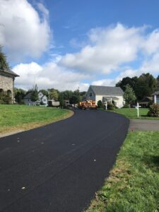 Commercial paving in Woodbridge Connecticut